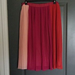 Who What Wear Pleated Skirt, Size XXL